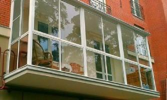 Що таке панорамне скління балкона, плюси і мінуси