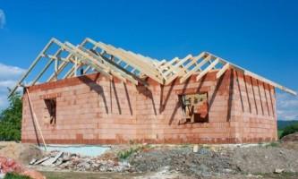 Що вибрати: стіни з цегли або крупних блоків?