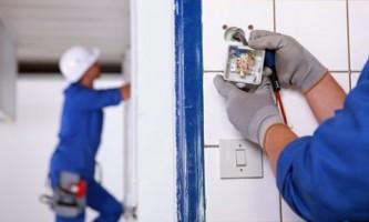 Електрофурнітура - в контакті з електромережею