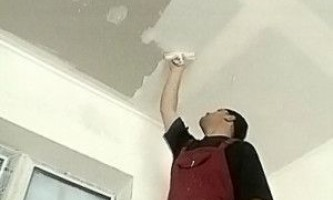 Як правильно шпаклювати стелю з гіпсокартону - уроки майстра