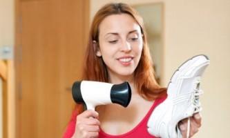 Як висушити мокре взуття?