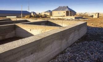 Як закласти фундамент при високому рівні грунтових вод