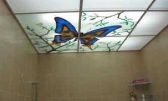 Недорогі підвісні стелі у ванну кімнату