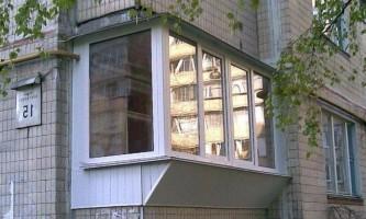 Скління балкона з виносом: відгуки і технологія
