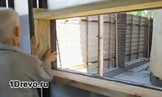 Пластикові вікна в дерев`яному будинку - особливості установки