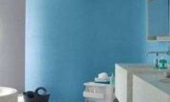 Фарбування стін у ванній кімнаті