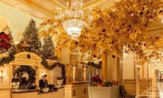 Приголомшливий новорічний декор 5-зіркового готелю в нью-йорку