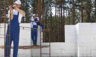 Процес будівництва будинку в незнімної опалубки. Майстер клас