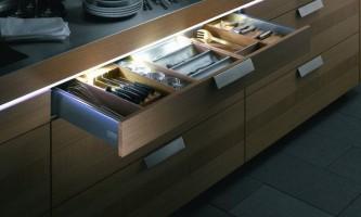 Світлодіодна стрічка на кухні: як зробити інтер`єр яскравіше