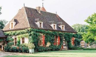 Дивовижний затишний готель у франції
