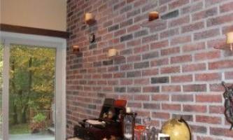 Укладання декоративного цегли на стіну