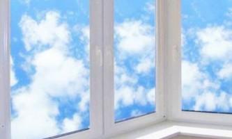 Виконуємо засклення балкона своїми руками: гід по роботах від а до я